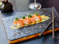 Nigiri de salmón (6 unidades)