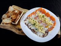 Carpaccio de salmón y pulpo