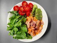 Chirashi de salmón grillado