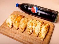 Promo 8 empanadas + 1 refresco línea pepsi de 1.5 descartable
