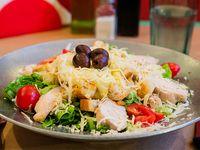 Ensalada Caesar con pollo