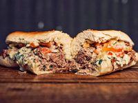 Sandwich de matambre al verdeo