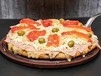 Pizza con ananá al molde