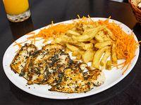 Churrasquito de pollo con finas hierbas y puré mixto