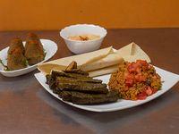 Promo vegana para dos personas - Tabule + sarma + kepe vegetariano + humus chico + 2 panes