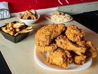 Combo súper - 12 piezas de pollo + 4 guarniciones + bebidas 2.25 L