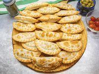 Promo - 24 empanadas (disponible solamente de Lunes a Miércoles)