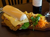Sándwich de milanesa Pikito