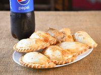 Promo - 8 empanadas + Pepsi 1.5 L Descartable