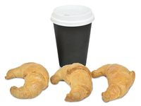 3 Medias Lunas + café mediano