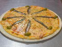 Pizza con anchoas grande