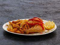 1/4 de pollo frito con papas fritas