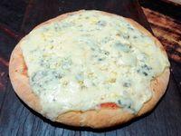 Pizzetas cuatro quesos