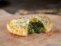 Empanada de espinaca, ricota y nueces