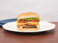 Burger 3  Quesos + Tocineta