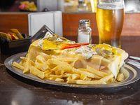 Sándwich Mexicano para dos con papas fritas