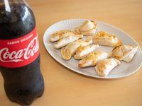 Combo - Docena de empanadas + Coca Cola 1.5 L