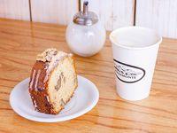 Café grande 473 ml + budín