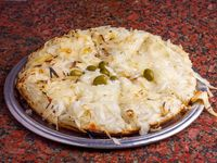 Pizza fugazzeta con queso