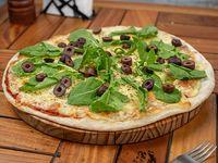 Milanesa La Esquina en pan de pizza con papas rústicas