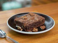 Brownie con nueces pecán