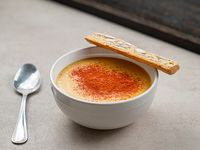 Sopa de calabacines a la manteca y almendras