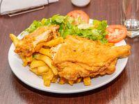 Medio pollo broaster + papas fritas + ensalada