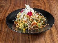 Noodle steack salad