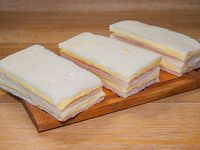 Sándwiches de miga triples comunes (6 unidades)