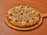 Nueva - Pizza de pollo y muzzarella