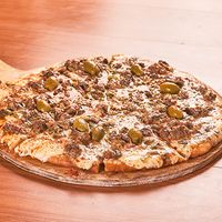 Pizza lomo al verdeo