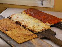 Promo 3 - 1/2 metro de pizza + 1/2 metro de pizza muzzarella + 1/2 metro de fainá