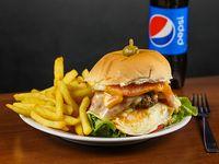 Hamburguesa favorita + papas fritas + Pepsi 500 ml (para una personas)