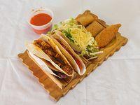 Promo 2 - 4 tacos + 3 rolletes + salsa a elección