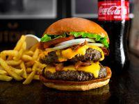 Combo Burger Doble + Gaseosa Personal