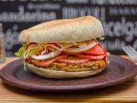 Sándwich quinoaburger jankee