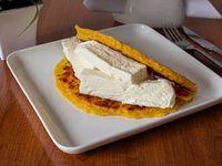 Cachapa con queso telita