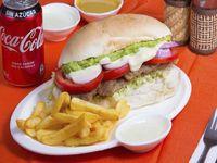 Promo 1 Milanesa Mendoza + papas fritas + 1 lata 350 m l
