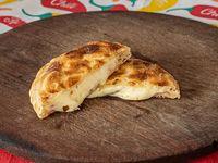 Tarta de jamón, queso y tomates (porción)
