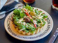 Tarta de rúcula, tomate, ricota y parmesano