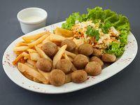 Falafel con guarnición
