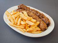Shish kebab con guarnición