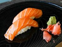 Nigiri de salmón 6 piezas