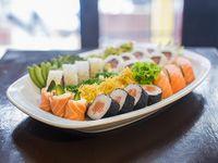 Combinado de salmón (30 piezas)