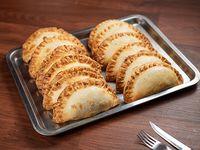 Promo 12 Empanadas + 1 de regalo