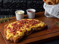 Milanesa con cheddar y bacon + fritas