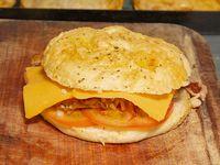 1/4 pollo con queso y tomate