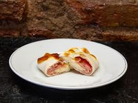 Empanada al horno de jamón y queso
