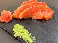 Sashimis de salmón (10 piezas)
