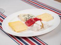Tabla de quesos (4 selecciones)